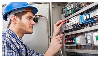 electrical engineering worker